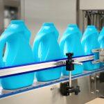 Påfyldningsmaskine med flydende vaskemiddel